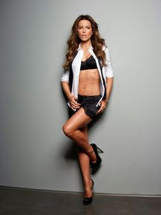Kate Beckinsale, hot, lingerie sexy and leggy !