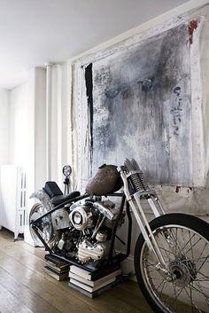 Harley Art  #classicracer #oldschoolchopper #classicbike #harley #harleycaferacer #harleydavidson #harleyart #art #interiordesign #abstractart