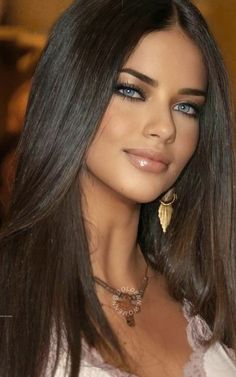 Most Beautiful Eyes, Gorgeous Women, Beauty Makeup, Hair Beauty, Foto Casual, Model Face, Adriana Lima, White Women, Classic Hollywood