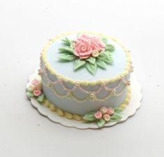 1:12 Pastel Lace Rope Cake por StewartDollhouse en Etsy