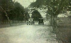 Paso de Los Arcos hacia La Aurora. Aproximadamente en los años 1910.