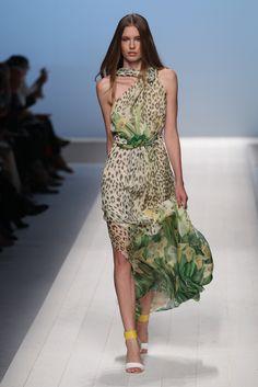 Blugirl - Spring Summer 2012 Ready-To-Wear - Shows - Vogue.it