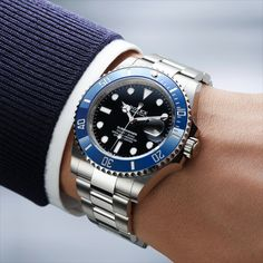 Rolex is introducing the new Submariner Date, featuring a 41mm case. This 18ct white gold version features a Cerachrom bezel insert in blue ceramic and a black lacquer dial.  Rolex Submariner No Date, White Gold, Dating, Ceramics, Watches, Ceramica, Qoutes, Pottery, Wristwatches