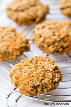Vegan Carrot Cake Breakfast Cookies - made with quinoa, oats, cashew butter + banana | gluten-free + vegan | recipe on simplyquinoa.com