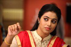 Indian Film Actress, South Indian Actress, Indian Actresses, Cartoon Girl Images, Girl Cartoon, Shamna Kasim, South Indian Film, Professional Dancers, Indian Heritage