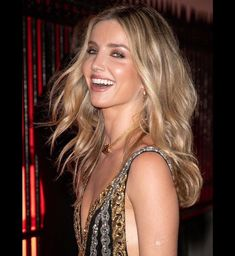 Annabelle Wallis dazzles in metallic gown at Clash de Cartier event Beautiful Women Over 40, Beautiful Smile, Sheer Gown, Celebrity Photography, Bouncy Curls, Pretty Face, Indian Beauty, Pretty People, Beauty Women