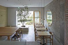 Ito-biyori-cafe-by-Ninkipen-Osaka-Japan_dezeen_468_2