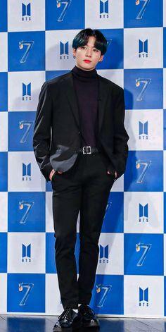 Jung Kook, Foto Bts, Jikook, Bts Jungkook, Jin, Saranghae, V Bts Wallpaper, Les Bts, Bts Backgrounds