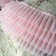 Pink 4 layers high density pleated tulle lace trims ruffled mesh trimmings for wedding dress dolls s Rosa 4 Schichten. Baby Girl Dress Patterns, Dresses Kids Girl, Dress Sewing Patterns, Baby Dress, Kids Outfits, Corset Sewing Pattern, Baby Tutu Dresses, Baby Skirt, Girls