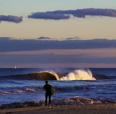 Beauty beach break.. Love surf