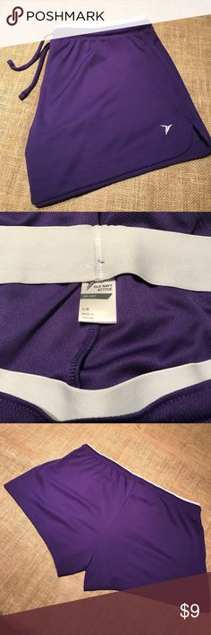 Purple Old Navy active go dry shorts Size large. Brand Old Navy. Lightweight go dry Old Navy active shorts with elastic waist band. Nice stretch throughout shorts. Drawstring tie in front. Old Navy Shorts