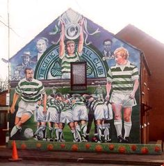 Football transcending just sport. Back in the Kop before kick off, we used to shout Celtic or Rangers depending on our allegiances. Celtic Team, Celtic Fc, Belfast Murals, Classic Football Shirts, Erin Go Bragh, Protest Art, Rangers Fc, Football Art, Picts