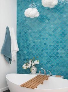 Blanco turquesa madera baño Find matching color accents to decorate your bathroom tile installation Teal fish scale bathroom tile The post How to Style Bathroom Tile appeared first on Best Pins for Yours - Bathroom Decoration Bathroom Renos, Bathroom Renovations, Small Bathroom, Bathroom Vanities, Colorful Bathroom, Bathroom Cabinets, Master Bathroom, Bathroom Tile Installation, Bathroom Flooring