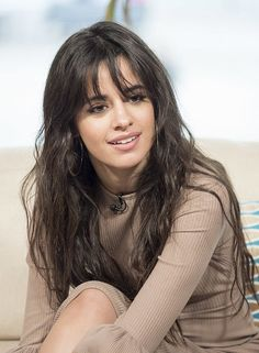 Hot Pictures Of Camila Cabello Will Explore Her Sexy Body Hairstyles With Bangs, Pretty Hairstyles, Camilla, Cuerpo Sexy, Cabello Hair, Camila And Lauren, Style Casual, Bad Hair Day, Sexy Hot Girls