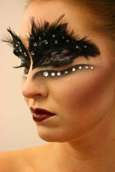 Black Swan http://www.makeupbee.com/look.php?look_id=59898