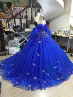 Pretty Quinceanera Dresses, Pretty Prom Dresses, Quincenera Dresses Blue, Blue Dresses For Wedding, Sweet 16 Dresses Blue, Sparkly Prom Dresses, Big Dresses, Royal Blue Prom Dresses, Blue Evening Dresses