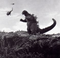 Cannot wait for the new Toho Godzilla movie! Gojira, Movie Monsters, Giant Monsters, Famous Monsters, Japanese Monster Movies, Cool Monsters, Japanese Monster, Kaiju Monsters, Godzilla Vs