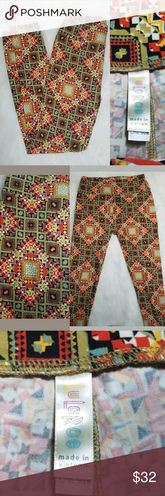 "LuLaRoe OS One Size Leggings Multicolor Aztec Up for sale LuLaRoe OS One Size Leggings Multicolor Aztec Diamond Geo Print.   One size (L=35"" LuLaRoe Pants Leggings"