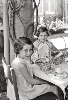 ~+~+~ Vintage Photograph ~+~+~  After the Easter Egg Hunt by Dick Whittington 1935.