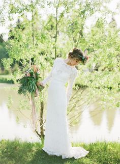 Glamorous Boho Wedding: http://bellesandbubbles.com/glamorous-boho-wedding | Photography: http://marymoon.ru