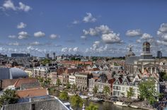 skyline van leiden, The Netherlands by Arie Oversier