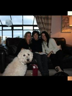 Anne Cox and Harry Styles Harry Styles Family, Anne Cox, Gemma Styles, Mr Style, Harry Edward Styles, Larry Stylinson, Guys, Camera Roll, Robin