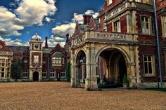 the courtyard entrance to sandringham house, sandringham, norfolk Royal Room, Royal Christmas, English Decor, England Ireland, Royal Residence, Her Majesty The Queen, Royal Palace, Historic Homes, Norfolk