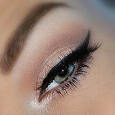 Shimmery Eyeshadow.