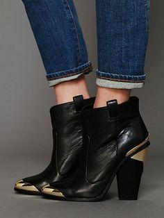 Kitt Heeled Ankle Bootie. http://www.freepeople.com/whats-new/kitt-heeled-ankle-bootie/