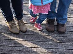 A gyereknevelésről másképp - Tippek másképp / Nevelni, vagy élni hagyni? Hol van az egészséges középút?