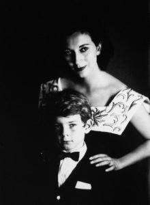 Valentina Cortese e il figlio Jack - anni 50 di Ghitta Carell