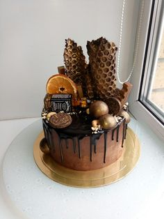 Мужской брутальный торт Сникерс