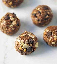 Protein Energy Bites, Vegan Energy Balls, No Bake Energy Bites, Protein Ball, Protein Desserts, High Protein Snacks, Healthy Desserts, Füllende Snacks, Snack Recipes