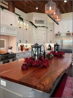 If you are looking for Modern Farmhouse Kitchen Island Decor Ideas, You come to the right place. Here are the Modern Farmhouse Kitchen Island D. Farmhouse Kitchen Island, Kitchen Island Decor, Modern Farmhouse Kitchens, Kitchen Styling, Home Kitchens, Farmhouse Decor, Kitchen Islands, Farmhouse Design, Kitchen Modern