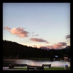Der Obersee in Arosa in der Abendstimmung.