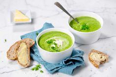 Denne suppen kan du lage som rask middag til hverdags. Pynter du med parmaskinke eller en scampi, blir det en lekker forrett.