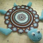 tapete-com-barbante-tartaruga-azul