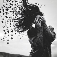 Imagen de girl, bird, and hair