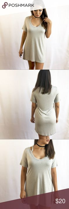 • T-Shirt Dress • Super comfy t shirt dress. I'm 5'3 & it fits me as a dress, may fit as a shirt for someone who is taller. Dresses Mini