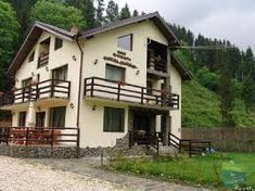 Image result for pensiuni reusite Mansions, House Styles, Image, Home Decor, Mansion Houses, Homemade Home Decor, Villas, Fancy Houses, Interior Design