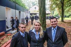 LANSSENS, P., Late eerste schooldag op werf, in http://www.hln.be/regio/nieuws-uit-kortrijk/late-eerste-schooldag-op-werf-a2044420/, 10/09/2014