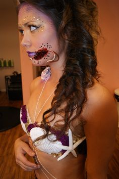 Evil-mermaid-Halloween-makeup-looks-starfish-bra-hooked-lip-Lavish-bronzing-boutique