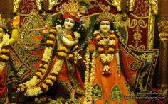 To view Radha Govinda Close Up Wallpaper of Bhaktivedanta Manor in difference sizes visit - http://harekrishnawallpapers.com/sri-sri-radha-govinda-iskcon-calcutta-wallpaper-002/