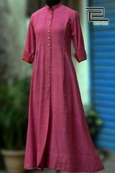 Buy Maati Crafts Pink Cotton Solid Shirt Style Anarkali Kurti online in India at best price.a front button down shirt dress in mandarin collar & wooden buttons! the khadi fabric is extremely soft Kurta Designs Women, Salwar Designs, Blouse Designs, Pakistani Dresses, Indian Dresses, Khadi Kurta, Churidar, Anarkali Kurti Cotton, Modele Hijab