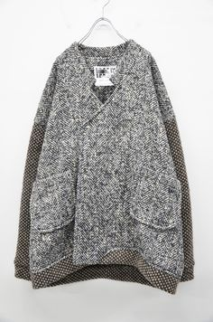 Loving the shape of this coat! Mode Inspiration, Knitwear, What To Wear, Style Me, Winter Fashion, Casual Outfits, Street Style, Pullover, Womens Fashion