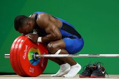 Emotional Olympian wins gold, takes off shoes and retires a champion (6 Photos) : theCHIVE