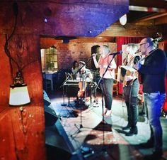 Haka Rahvaanmusiikin illassa Telakalla! #rahviskevät2016 #rahvis #kansanmusiikki #haka #tampereellatapahtuu #tampere #telakka #maaliskuu #torstaiontoivoatäynnä #etno #folkmusic #folk #eteläpohjanmaa by p.u.l.i.n.a https://www.instagram.com/p/BCzgj5azBEf/ #jonnyexistence #music