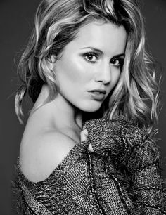 SPECIAL BOOKING'S. Caggie Dunlop looking hot.