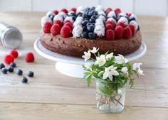 17. mai kake i rødt, hvitt og blått