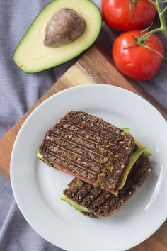 Rugbrødspanini - Panini med rugbrød, avokado og mozzarella (14)